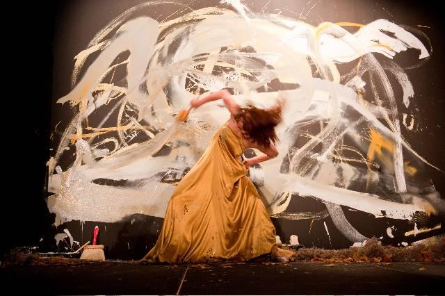 Masik Art Performance at Marquis Residences - Performance 4