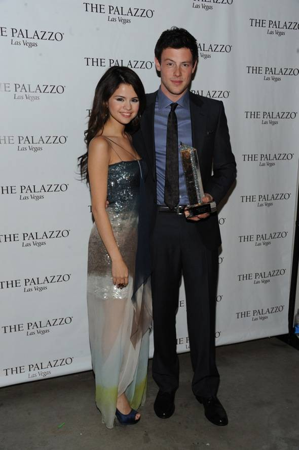 Selena Gomez presents Cory Monteith award at the Hollywood Style Awards with the Palazzo Las Vegas