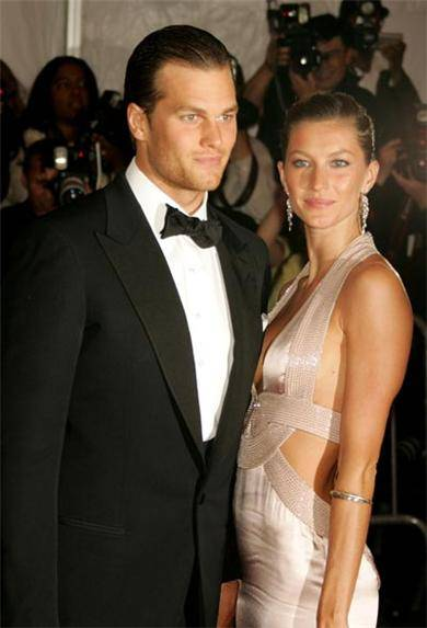 Tom-Brady-Gisele-Bundchen-brentwood-mansion-1