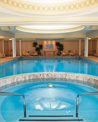 Relax the top 5 spas in chicago haute living for Chicago area spa resorts