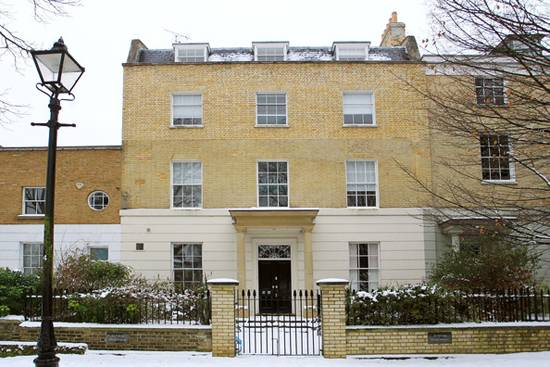 Jude-Law-and-Sienna-Miller's-New-London-Home