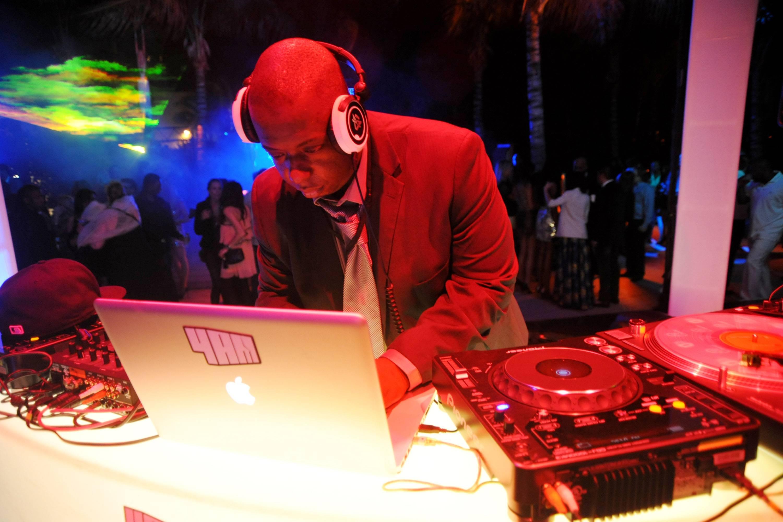 Phresh DJing2