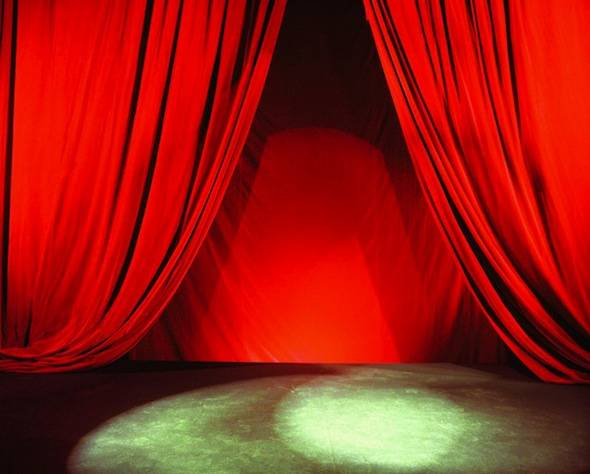 Red-Curtain-Stage