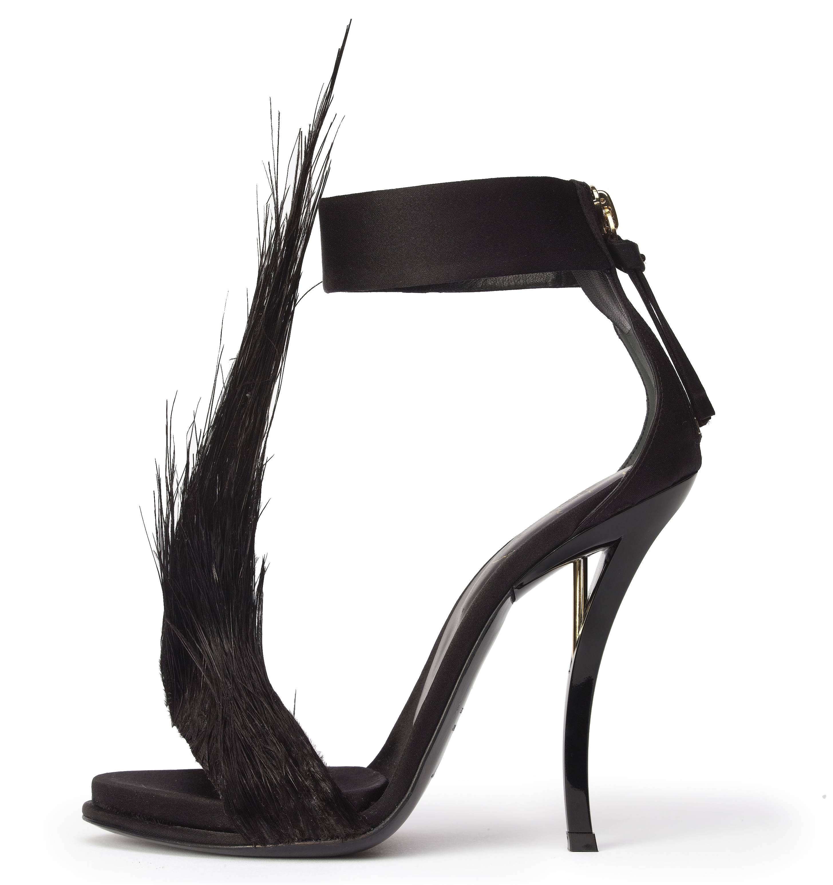 Swanned sandal