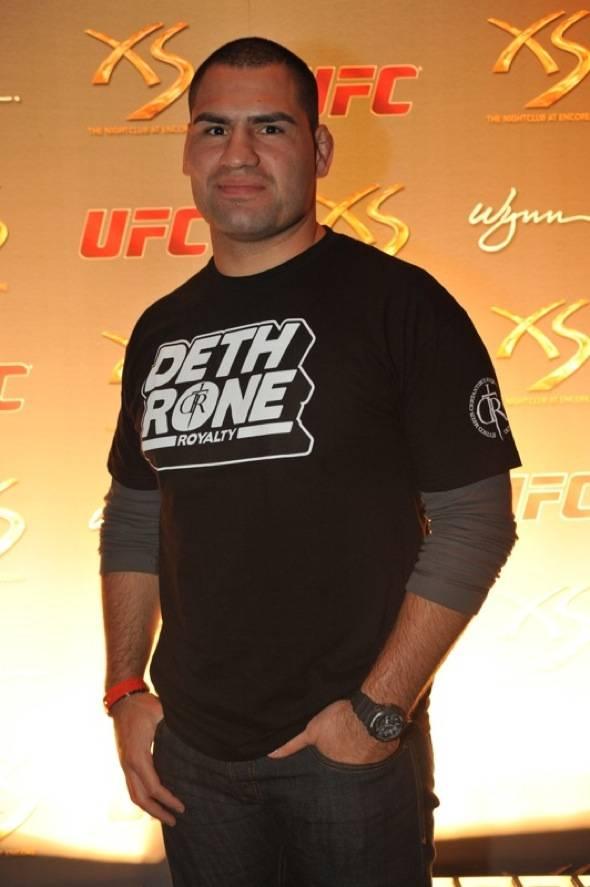 XS - UFC Cain Velasquez