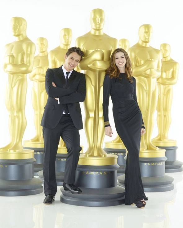 Anne Hathaway and James Franco host the 2011 Oscars
