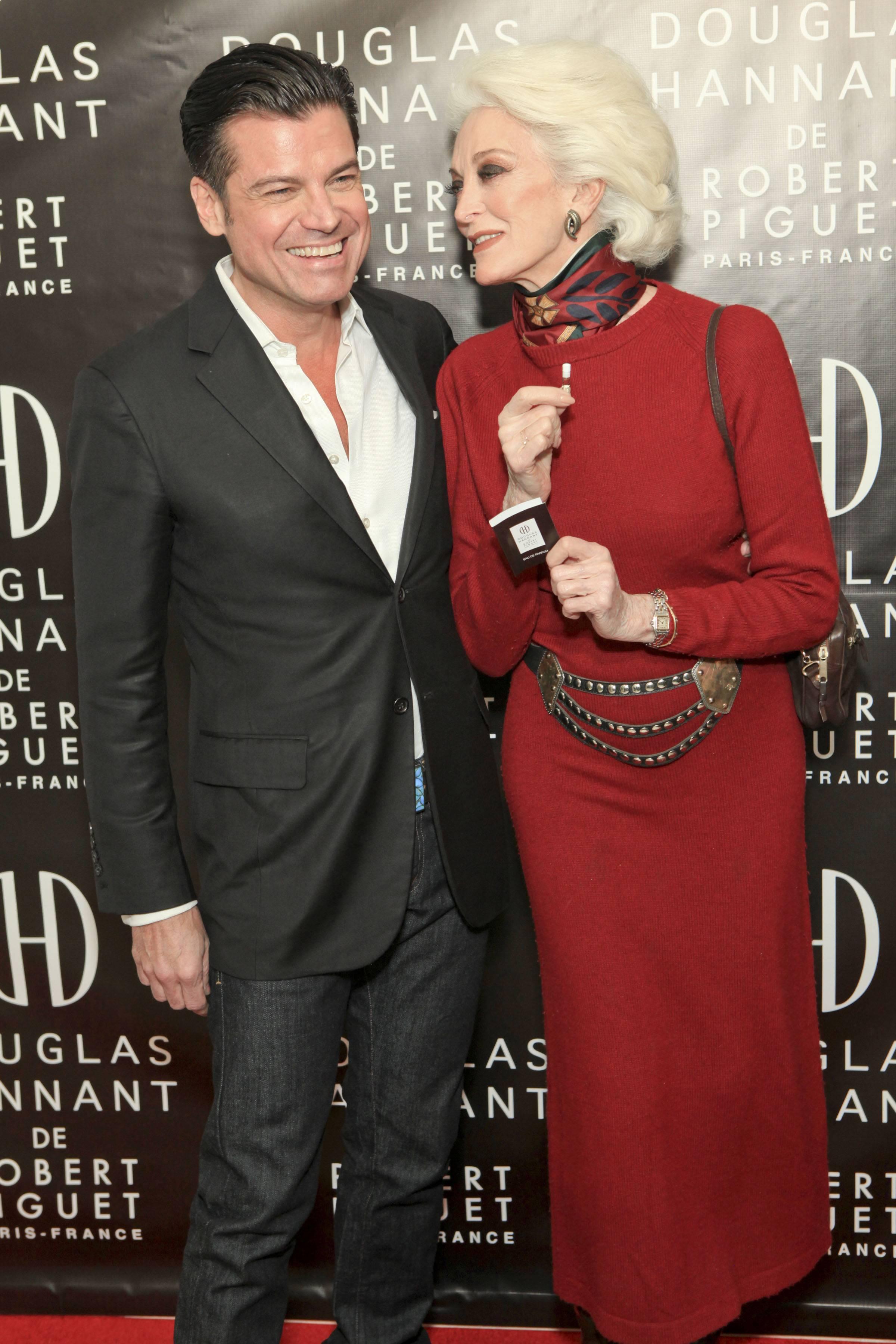 Douglas Hannant, Carmen Dell'Orefic