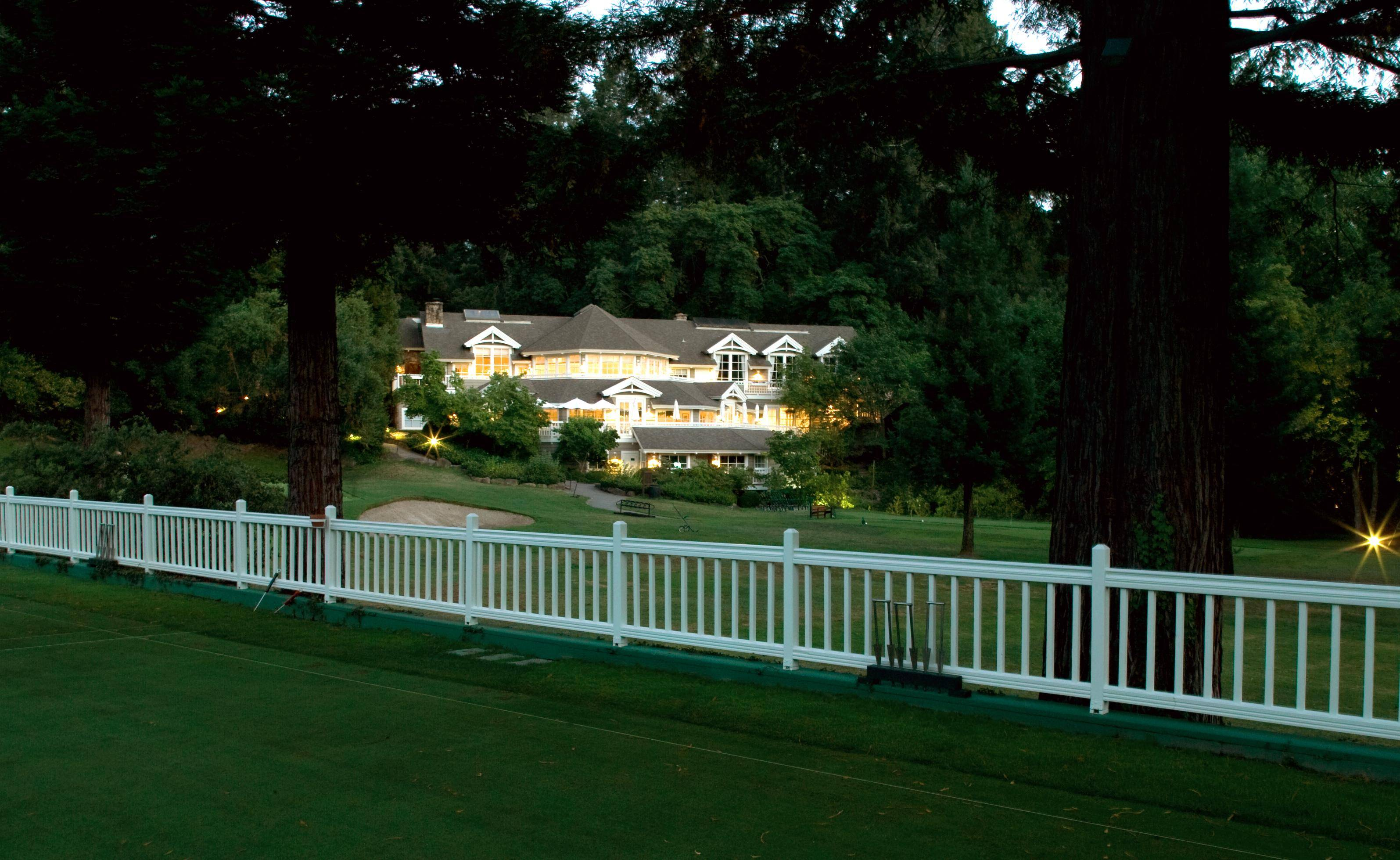 Croquet Lawn Looking to Clubhouse