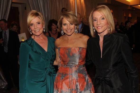 Fresh-Start-Fashion-Gala-2011-Pat-Petznick-Katie-Couric-Beverly-Stewart