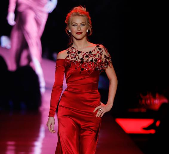 JulianneHough_Swarovski_Runway