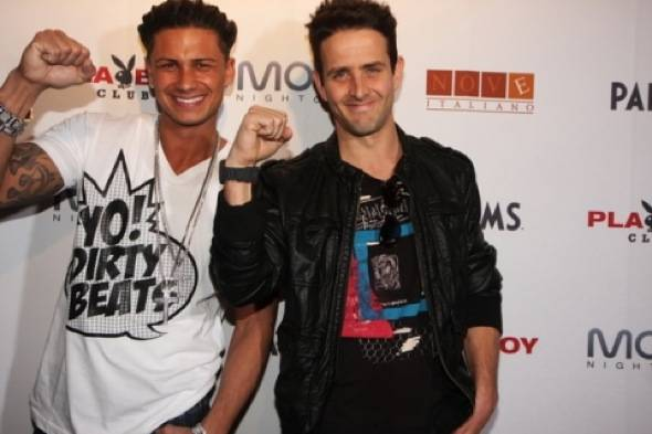 Pauly D, Joey McIntyre-credit Joe Fury