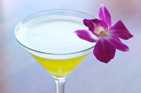 Sapporo-Cocktails-Pineapple-Martini