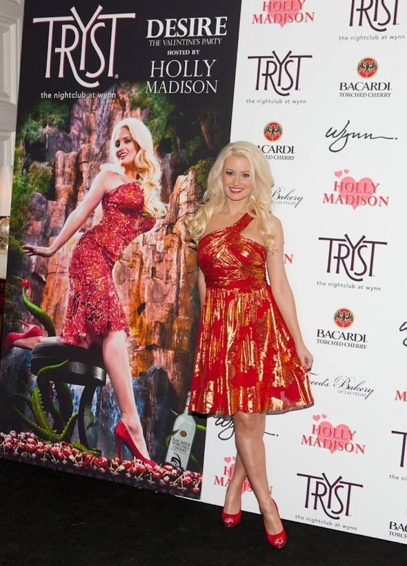 Tryst - Holly Madison - carpet 3