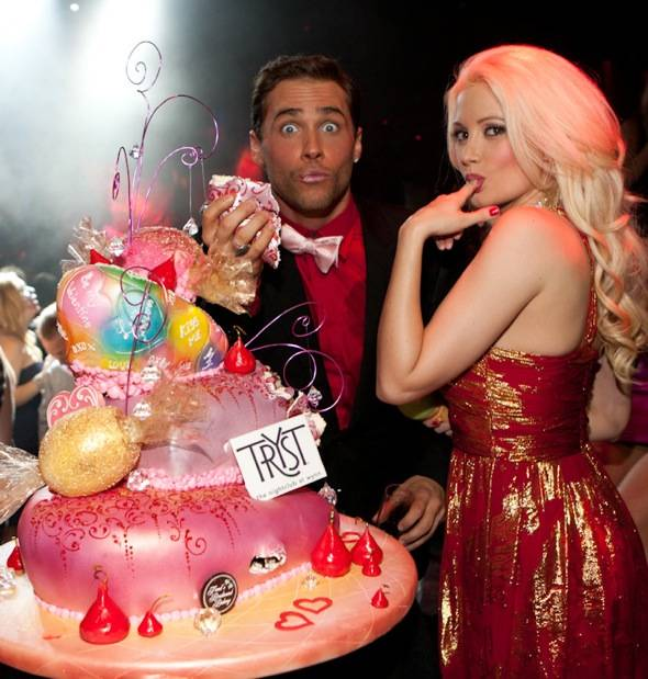Tryst - Josh, Holly - cake