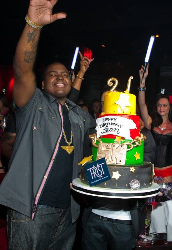 Tryst - Sean Kingston - cake