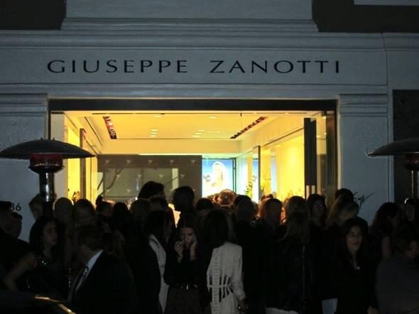 giuseppi-zanotti-boutique-beverly-hills