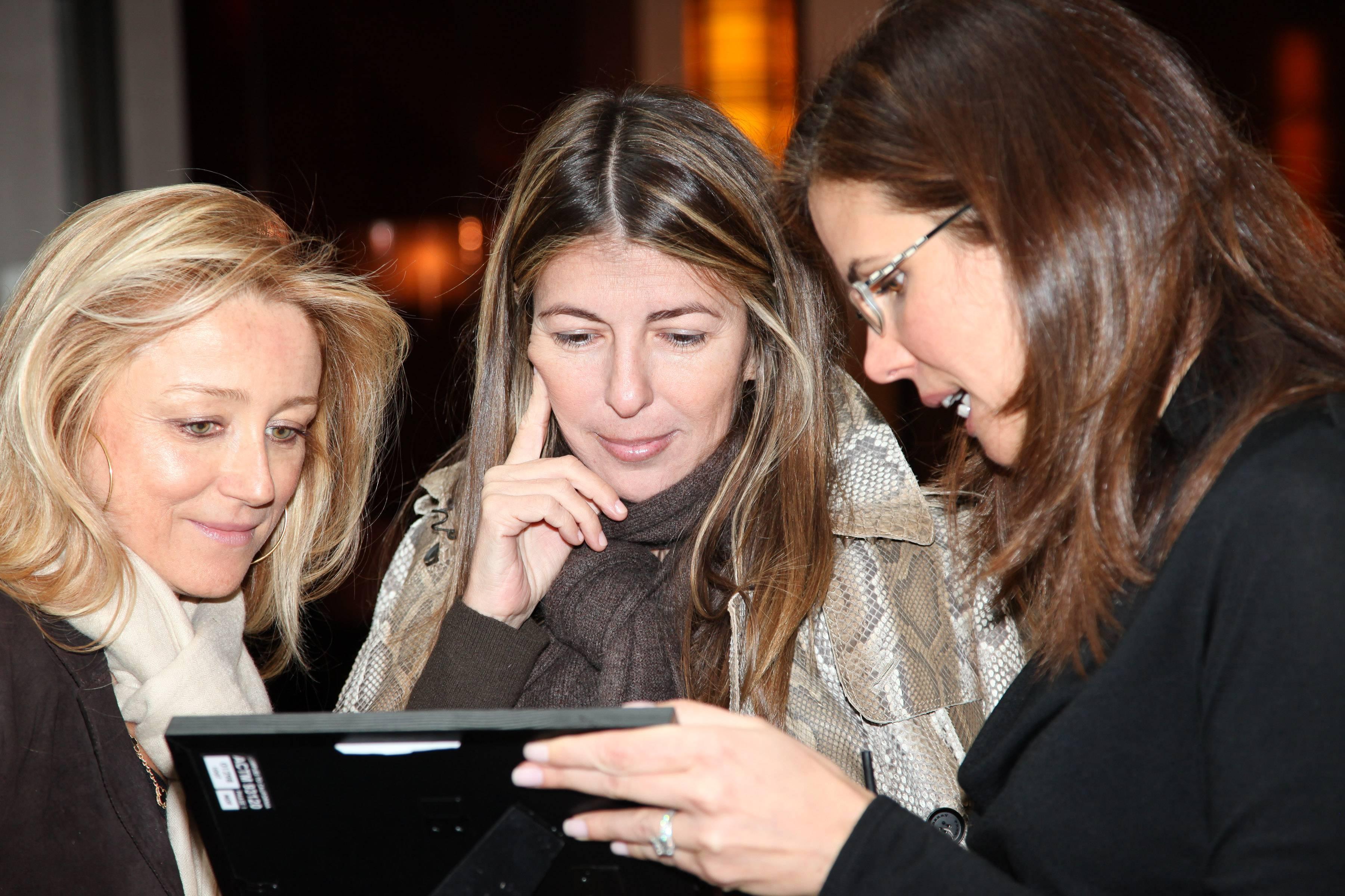 Caroline, Nina Garcia, Desiree Gruber