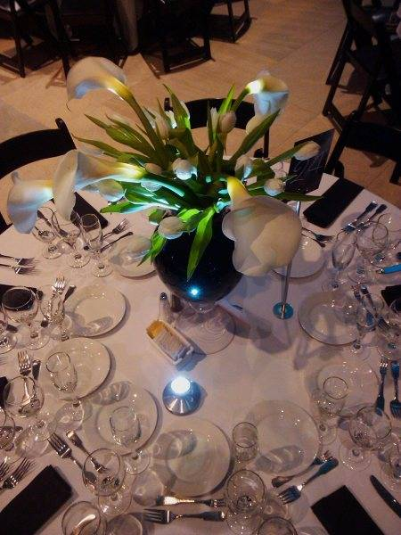 Centerpiece-Florals-Provided-By-Fresh-Cut-Romance