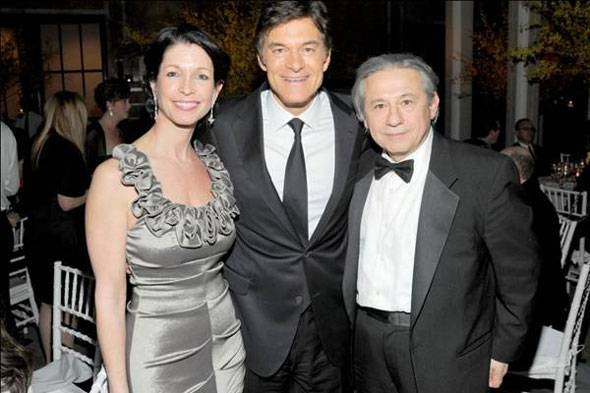 Executive Director Deborah Castillero, Dr. Mehmet Oz, and Tamer Seckin