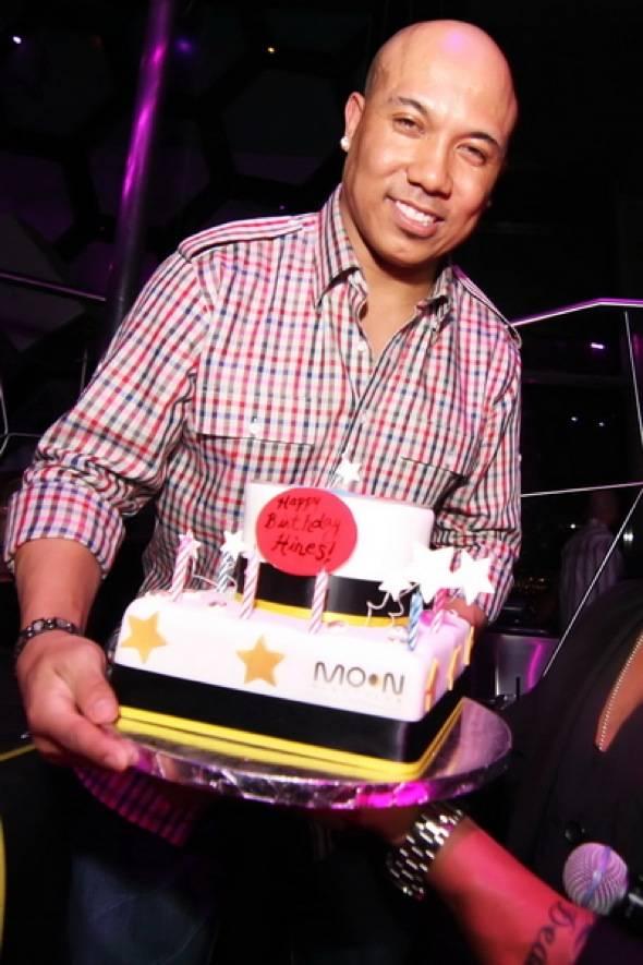 Hines Ward with birthday cake - credit Joe Fury