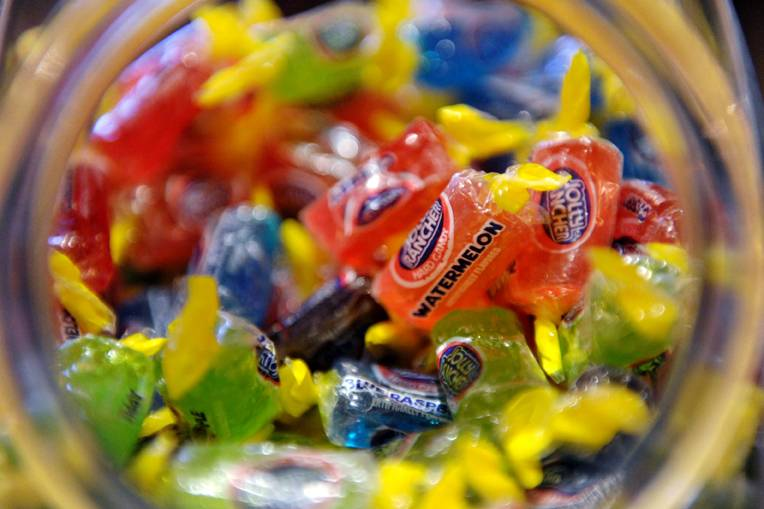 Jolly-Ranchers-at-Dylan-Lauren's-book-signing-at-ONE-Bal-Harbour