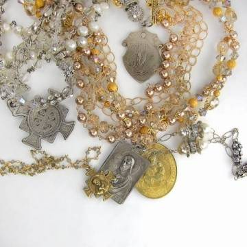 Haute Fashion Handcrafted Jewelry Line Bella Rose Debuts at