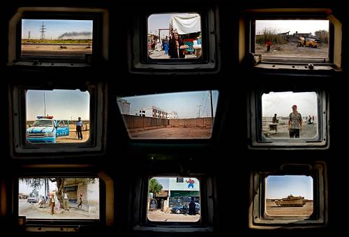 Benjamin Lowy_Iraq Perspectives_2005