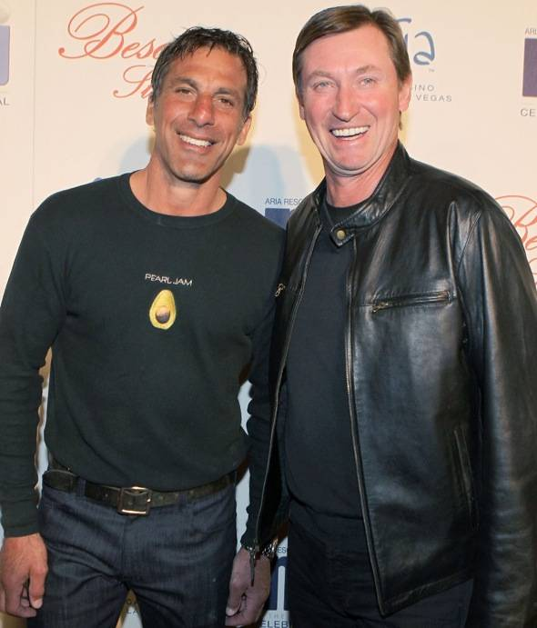 Chris Chelios and Wayne Gretzky at BESO for MJCI, Las Vegas