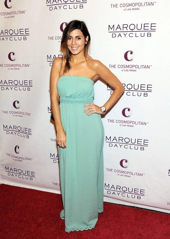 Jamie-Lynn Sigler arrives at Marquee Nightclub and Dayclub Grand Opening on April 9, 2011 in Las Vegas, Nevada.