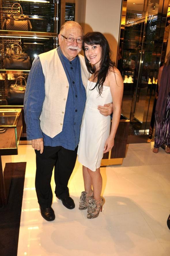 Micky Wolfson & Suzanne Birbragher(lr)