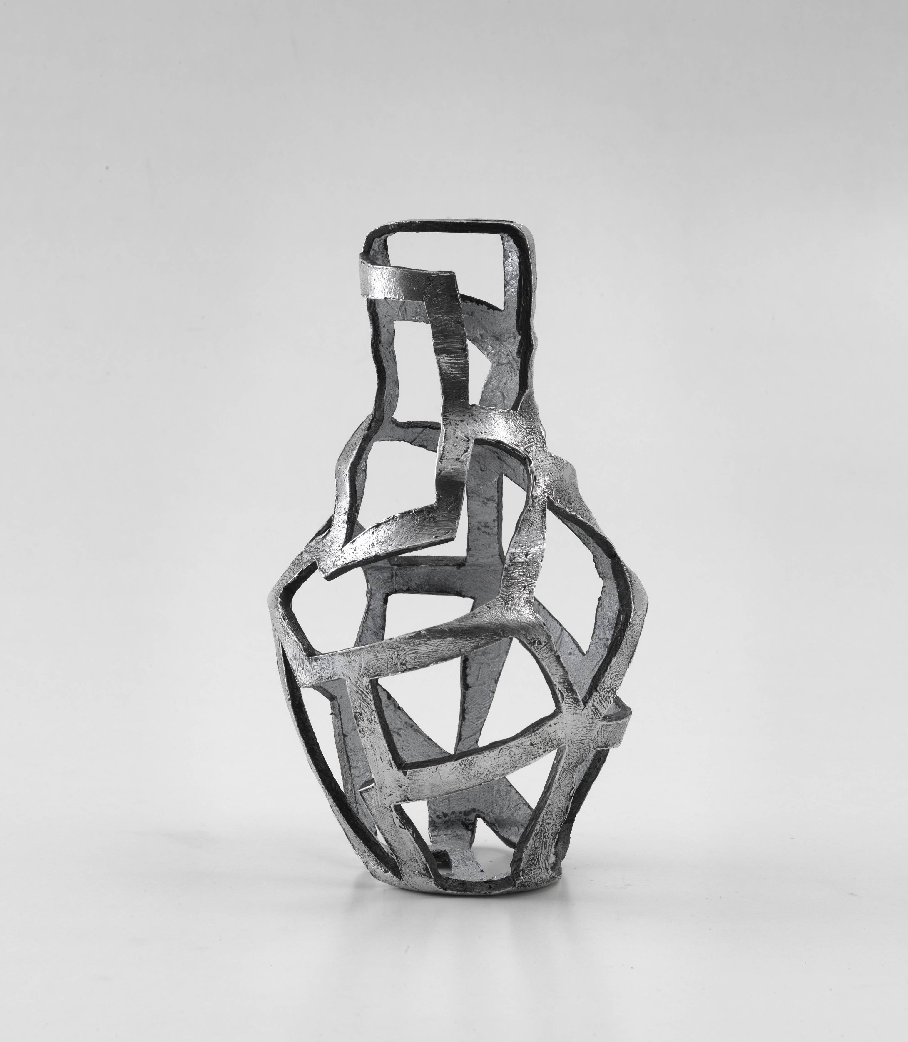 Structure IV (2011) by Susan Hefuna, Aluminium