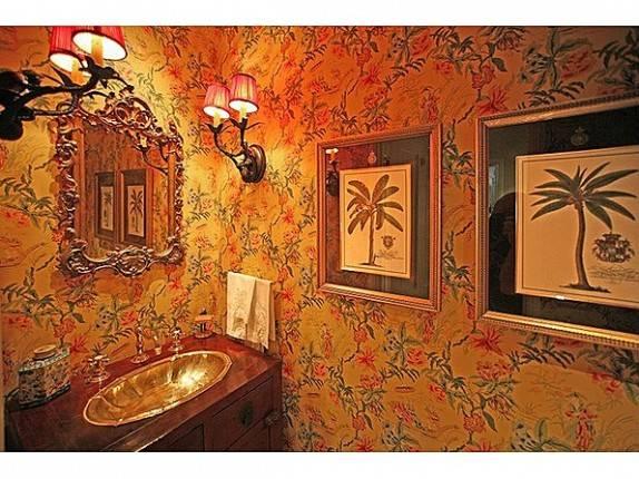 Swift_Bathroom-574x430