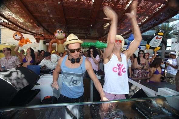 EC Twins at Marquee Dayclub 2