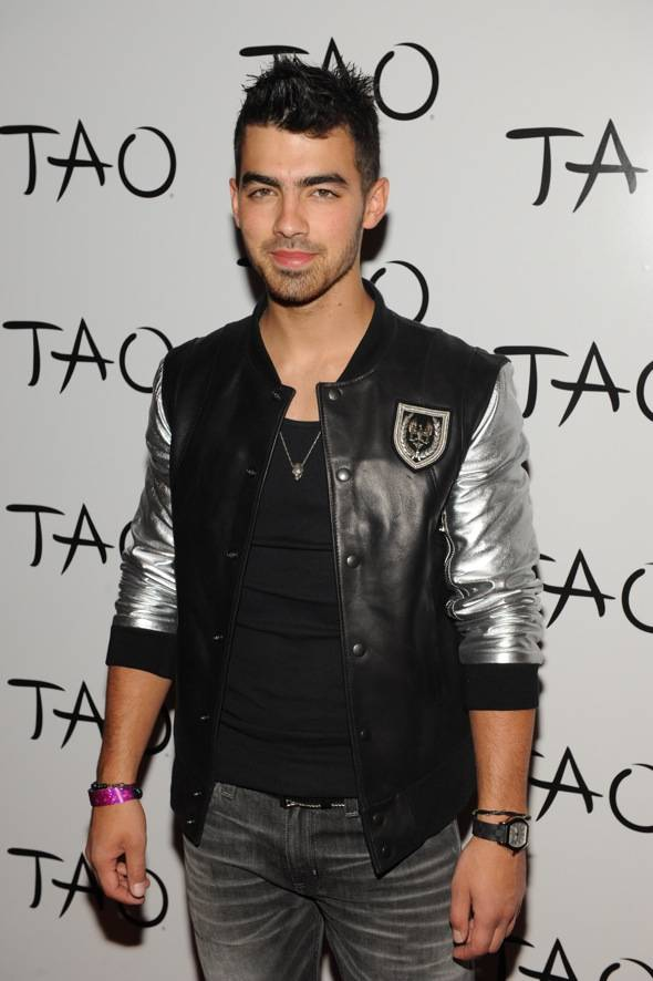 Joe Jonas TAO red carpet