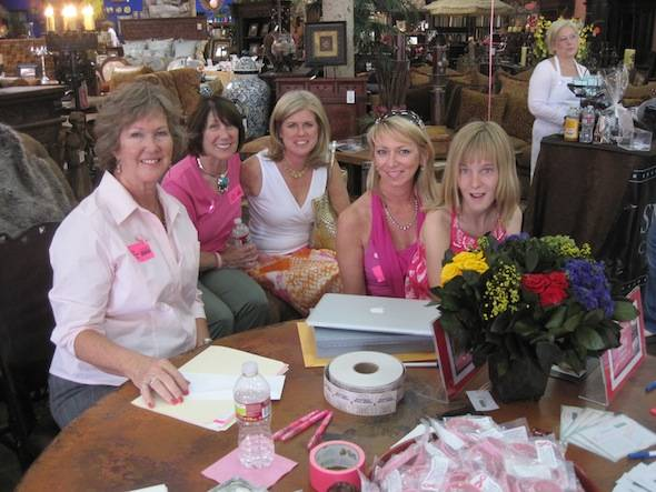 Mothers-Day-Mercado-Arizona-Institute-for-Breasth-Health-Cancer-Survivors