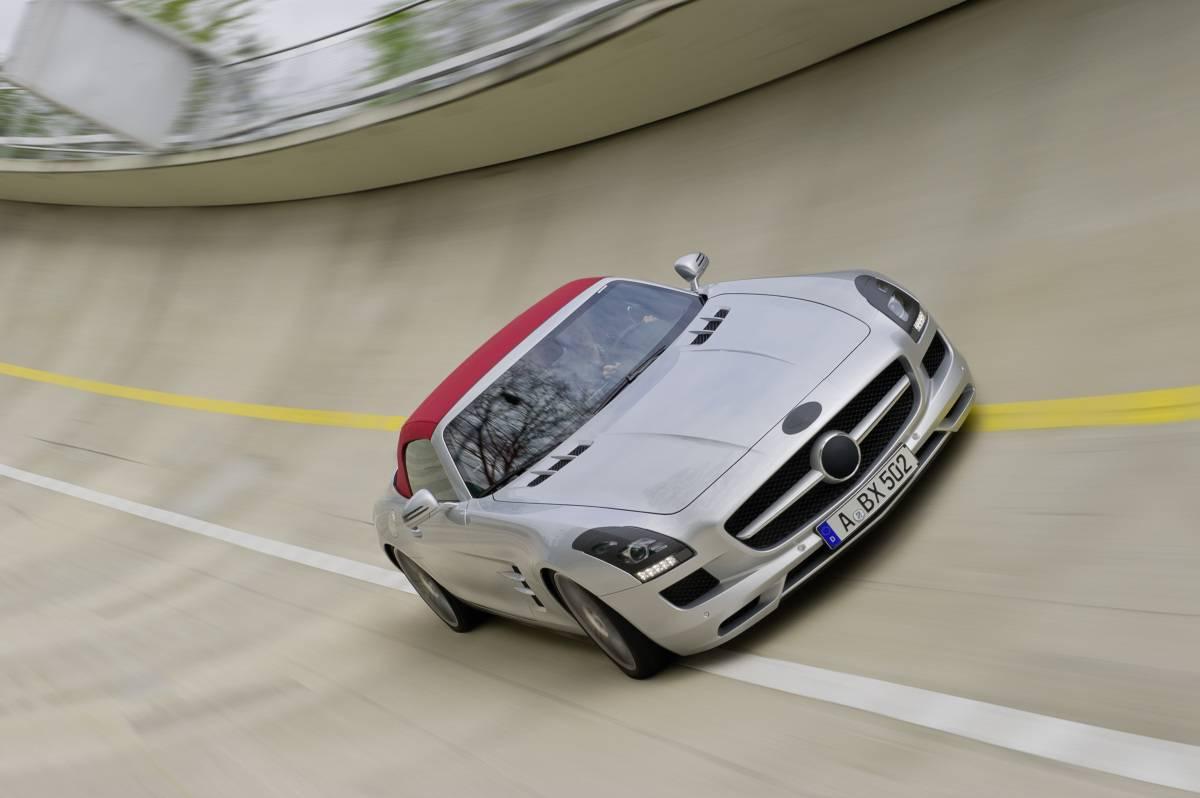 SLS AMG Roadster Testing