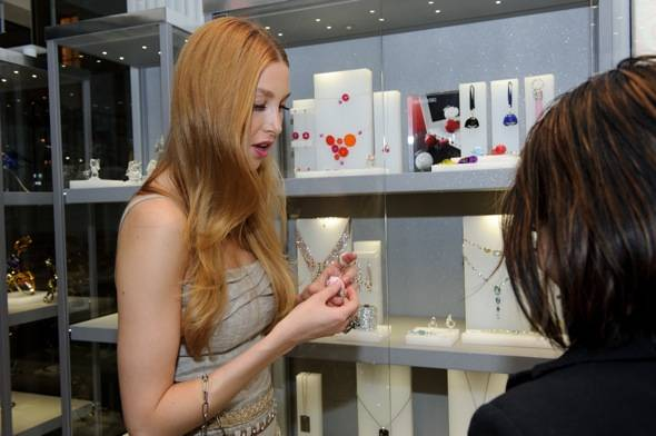Whitney Port at the Swarovski Las Vegas Crystal Forest store in The Venetian Grand Canal Shoppes 2