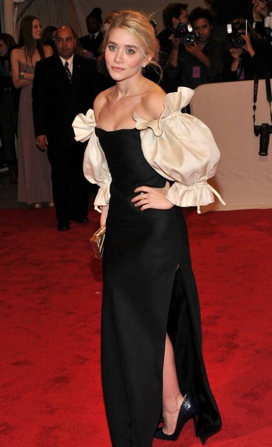 ashley-olsen-wears-nars-met-gala-2011