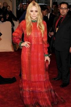 mary-kate-olsen-wears-nars-met-ball-2011