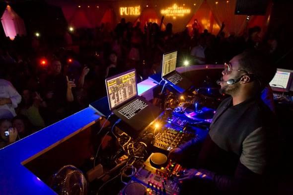 will.i.am_PURE Nightclub_DJ set 2