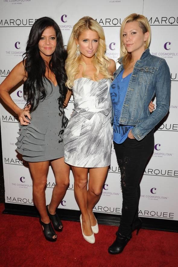 Allison Melnick, Paris Hilton and Jennifer Rovero_Marquee Red Carpet