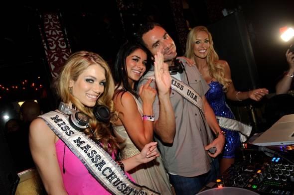 Miss Massachusetts Alida D'Angona, Miss USA 2011 Rima Fakih, DJ Jason Lema and Miss Nevada Sarah Chapman at TAO