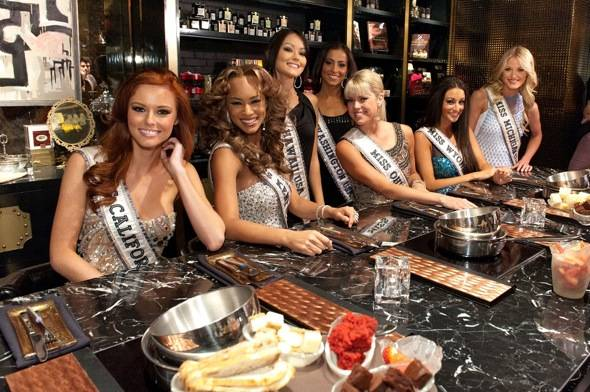 Miss USA 2011 contestants enjoying Sugar Factory American Brasserie