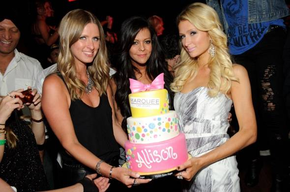 Nicky Hilton, Allison Melnick and Paris Hilton_cake_Marquee