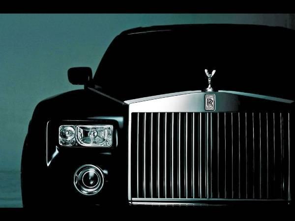 -Rolls-Royce-Phantom