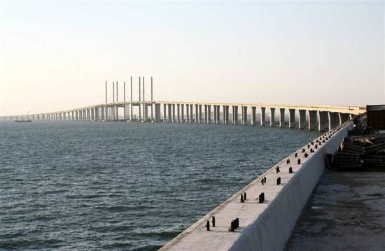 110630-china-bridge-hlarge-130a.grid-10×2