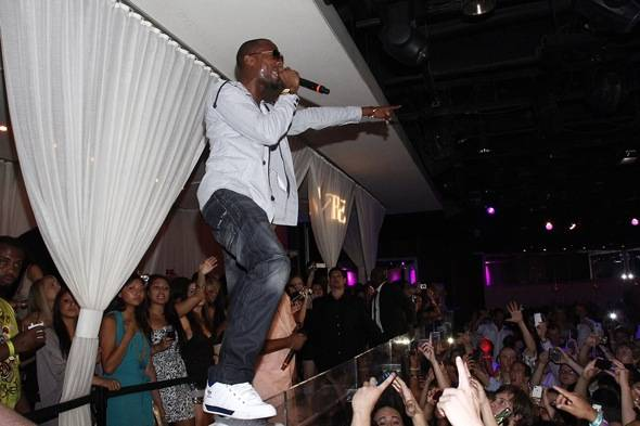 B.o.B_PURE Nightclub Performance 2