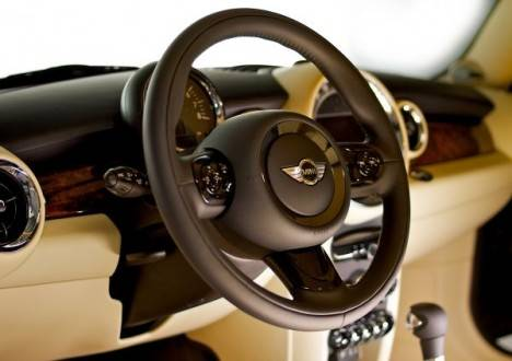 Mini-Goodwood-Interior-468×330