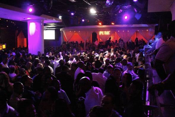 Naughty By Nature_PURE Nightclub_Crowd