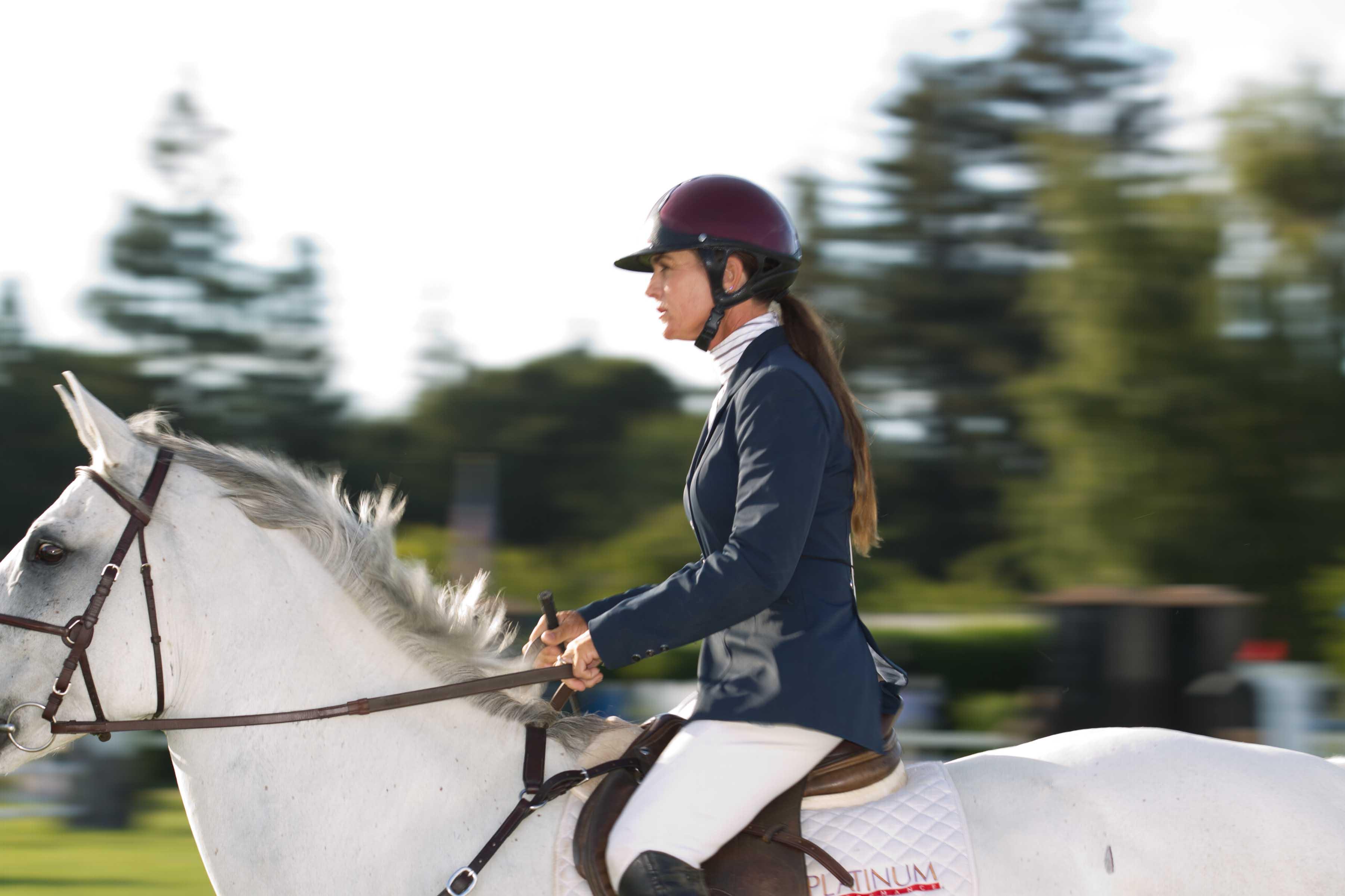 0580-Menlo-Horse-show-gala-110812